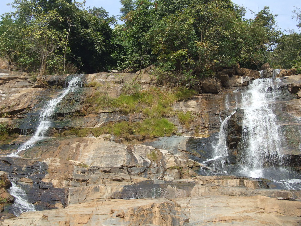 Bamni Falls, Ajodhya Hills