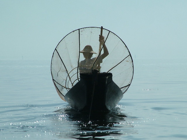 Behind the fisherman on the Inle Lake (1)
