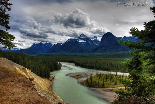 """Athabasca River"""