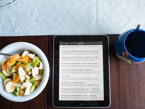 Fruit salad, tea, and some light reading - 無料写真検索fotoq