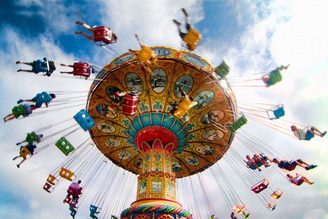 """Sea Swings"" spinner ride"
