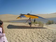 sea(0.0), toy(0.0), adventure(1.0), sand(1.0), wing(1.0), air sports(1.0), sports(1.0), aeolian landform(1.0), windsports(1.0), wind(1.0), hang gliding(1.0), gliding(1.0), natural environment(1.0), landscape(1.0),