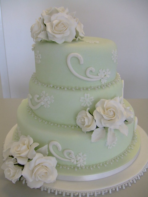 Vintage wedding cake by wwwcakechestercouk Inspired by the vintage style
