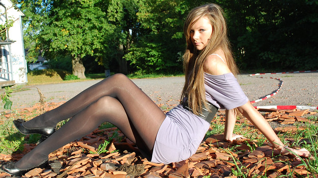 fantastic legs in nylons - a gallery on Flickr