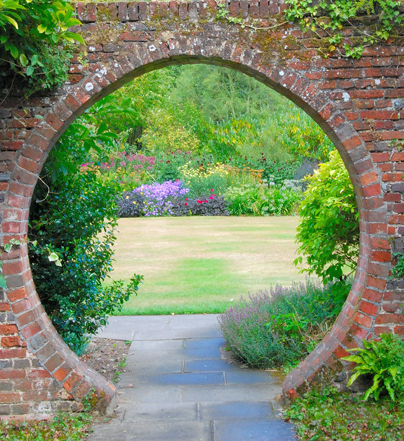 Great Comp Garden In The Round Flickr Photo Sharing