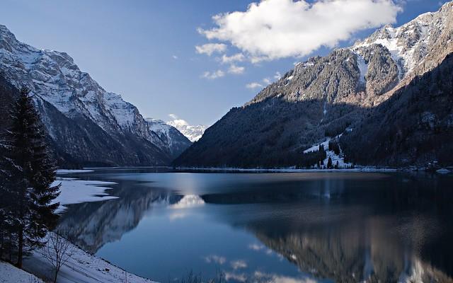 Kloentalersee lake glarus switzerland flickr photo for Trodel mobel