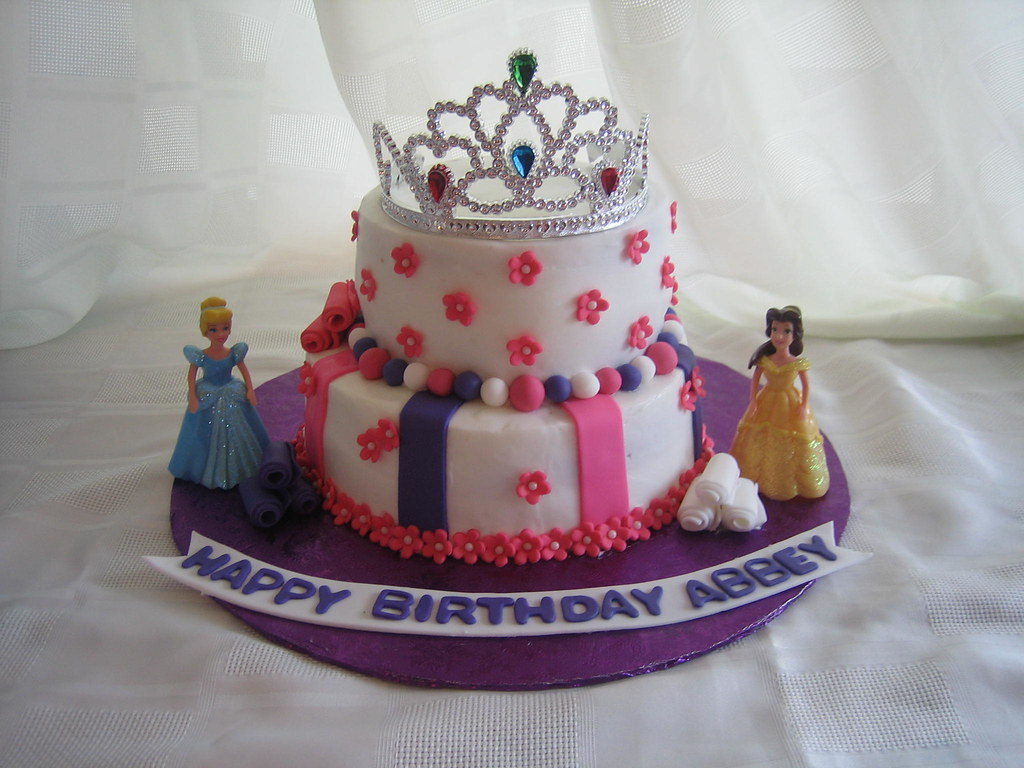 Disney Princess Birthday Cake - a photo on Flickriver