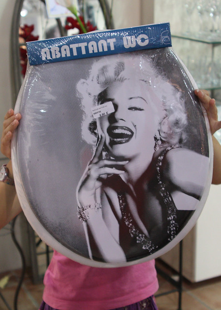 a marilyn monroe toilet seat what more could you need flickr photo sharing. Black Bedroom Furniture Sets. Home Design Ideas