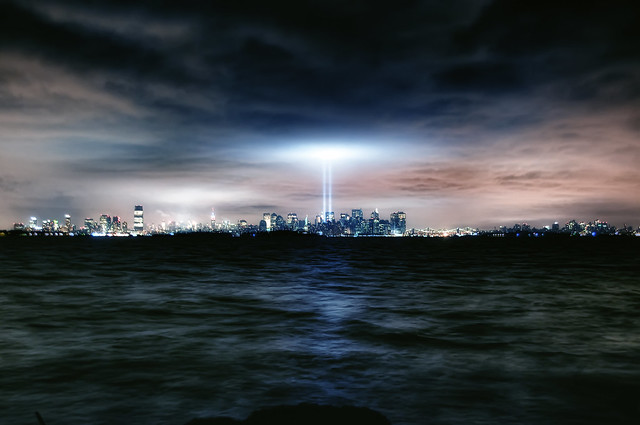 3911819378 2ae2a8e8c5 z Amazing Photos Of The 9/11 Tribute In Light