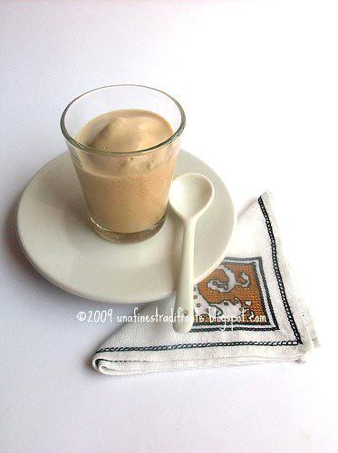 Una finestra di fronte crema di caff - Una finestra di fronte ...