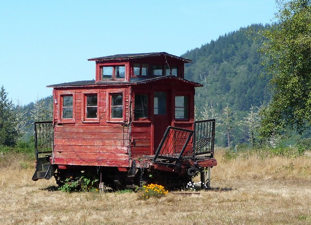 Old Wooden Caboose - a photo on Flickriver