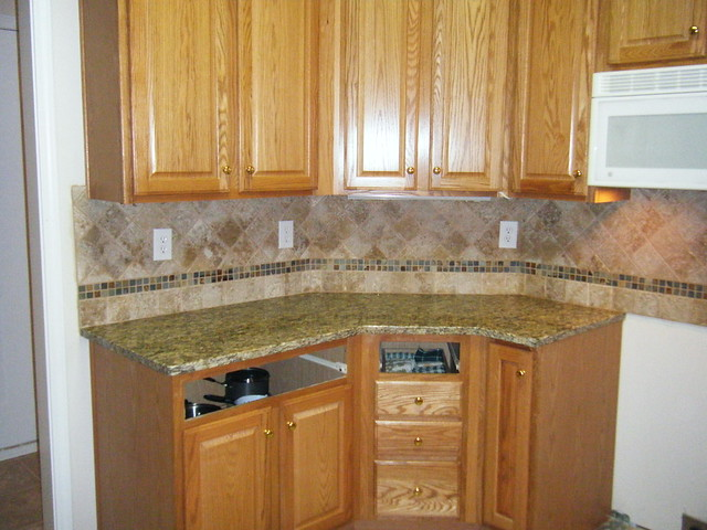 Santa Cecilia Granite With Customtile Backsplash Design In Flickr Photo Sharing
