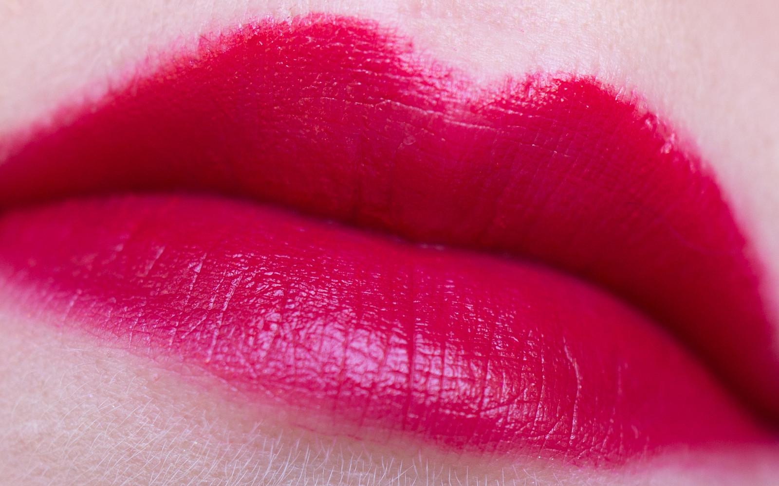 NoUBA Velvet Touch Lipstick #20