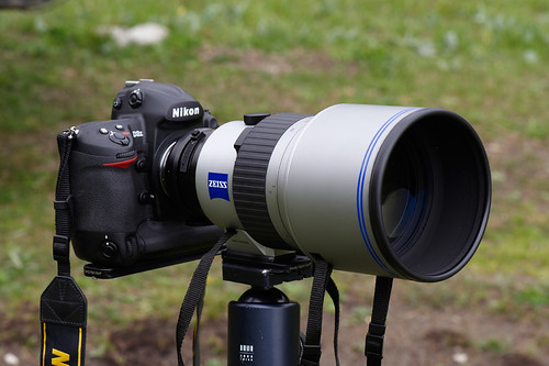Nikon-D3X and Carl Zeiss Super-APO TPP 300/2.8
