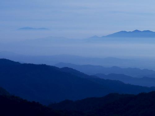 morning sun mist mountain sunrise lumix dawn panasonic malaysia suria pagi gentinghighlands platinumheartaward absolutelystunningscapes fz28 dmcfz28 ishafizan sailsevenseas sunporn