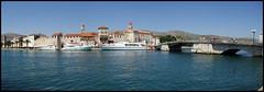 Trogir, Ciovo szigetéről nézve
