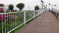 outdoor structure(0.0), baluster(0.0), picket fence(0.0), gate(0.0), home fencing(1.0), fence(1.0), handrail(1.0), walkway(1.0),