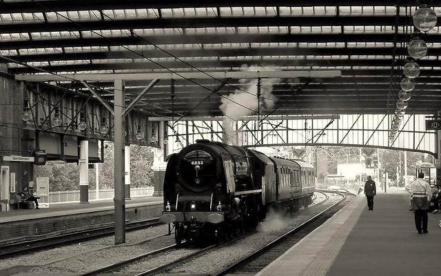 Wallpaper - steam train in Stoke station