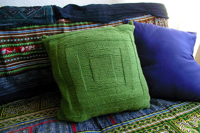 knitted cushion gestrickt kissen flickr photo sharing. Black Bedroom Furniture Sets. Home Design Ideas