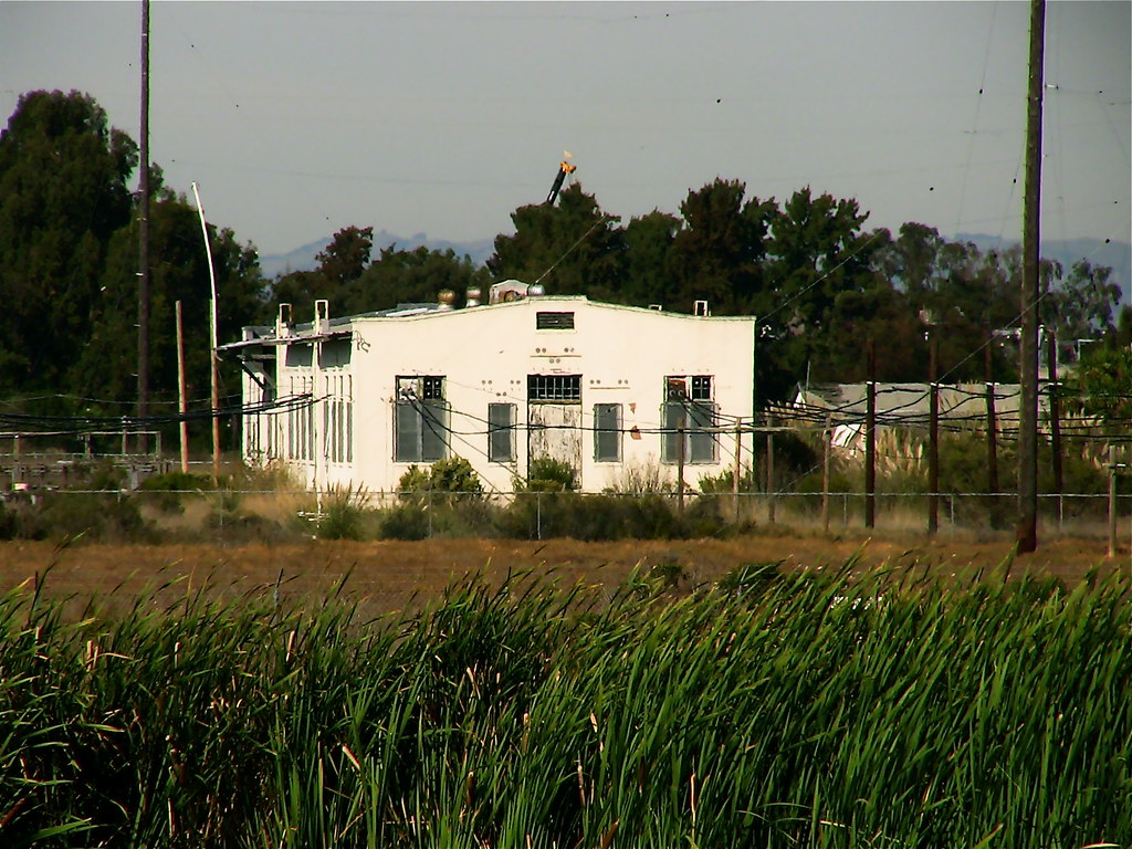 Maritime Radio Station at the Palo Alto Baylands