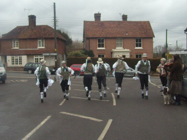 Weald of Kent Morris Lunch coincided with the Frittenden Festival Staplehurst to Headcorn