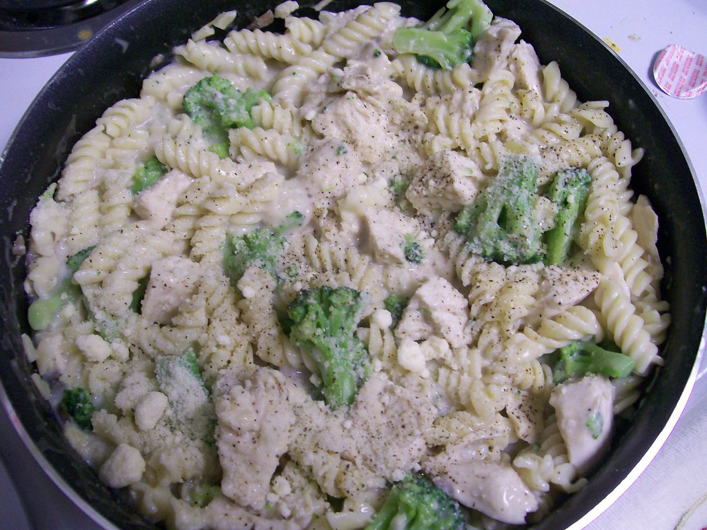 Chicken Broccolli Alfredo