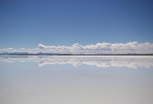 Mirror View : Salar de Uyuni