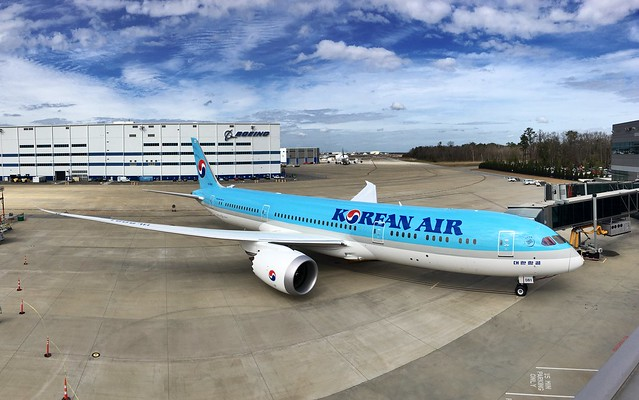 First Korean Air 787-9