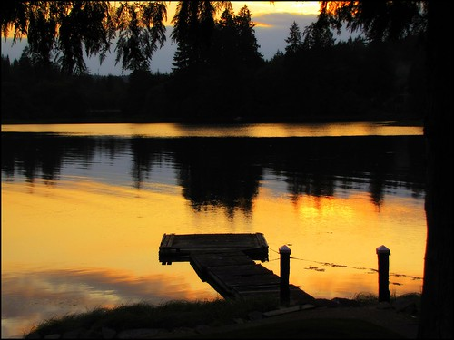 sunset wonderful dangerous dock estuary wa decrepid 1bluecanoe myolddock