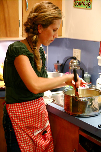 Cooking Housewife -- Lisa's Dinner party 7-30-09 3