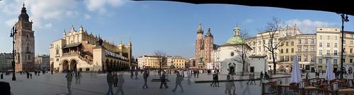 Rynek_Glowny-Town_Square_pano