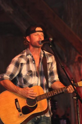 Dierks Bentley in Eastern KY