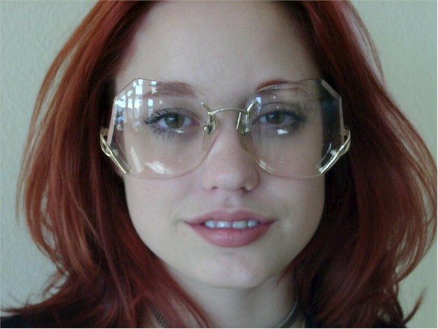 Rimless Glasses Young : Nadia wearing rimless large drop temple glasses - sexy ...