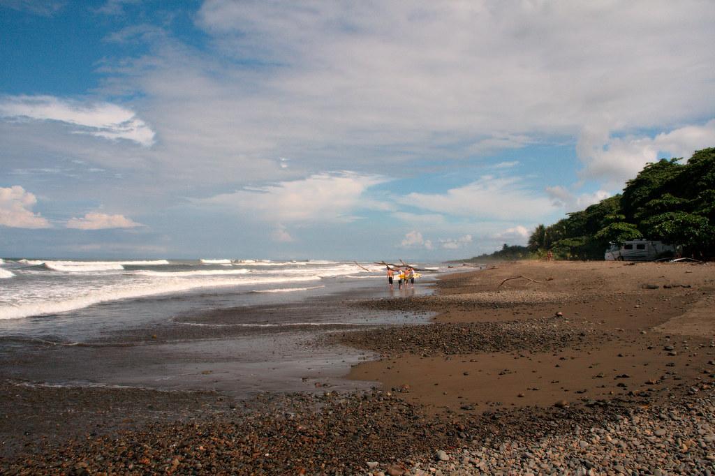 пляж Dominical