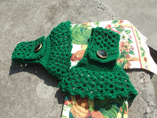 Froggie Magnet and Towel Topper - Crochetville