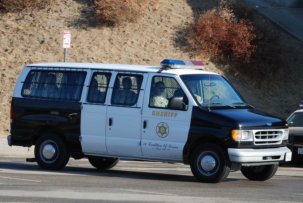 LOS ANGELES COUNTY SHERIFF DEPARTMENT (LASD) - FORD CLUB WAGON VAN