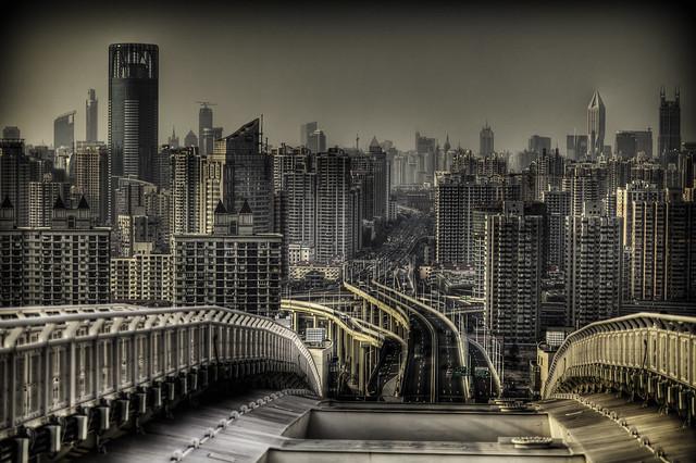 Shanghai Rollercoaster by yakobusan