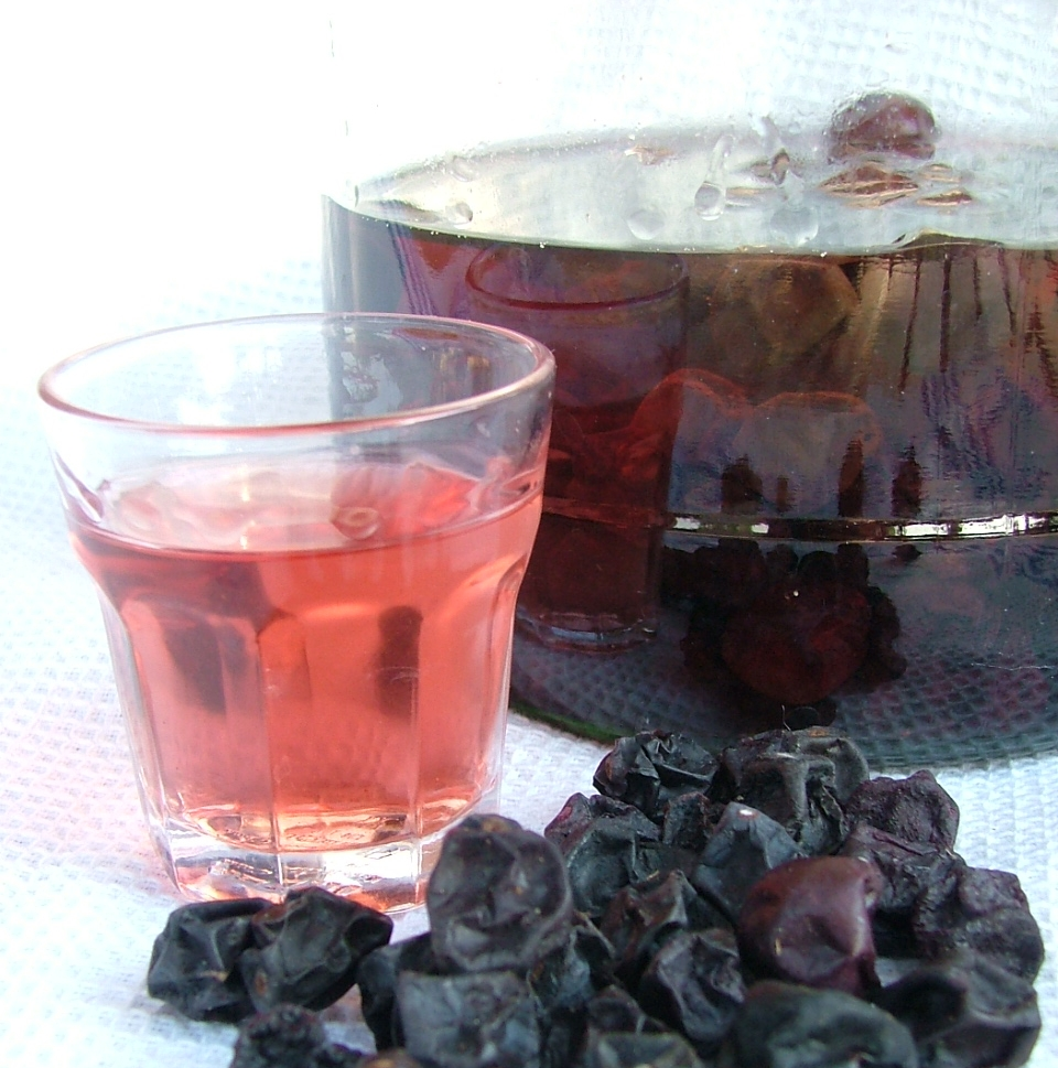 Orto del quinto giugno 2012 for Uva fragola in vaso