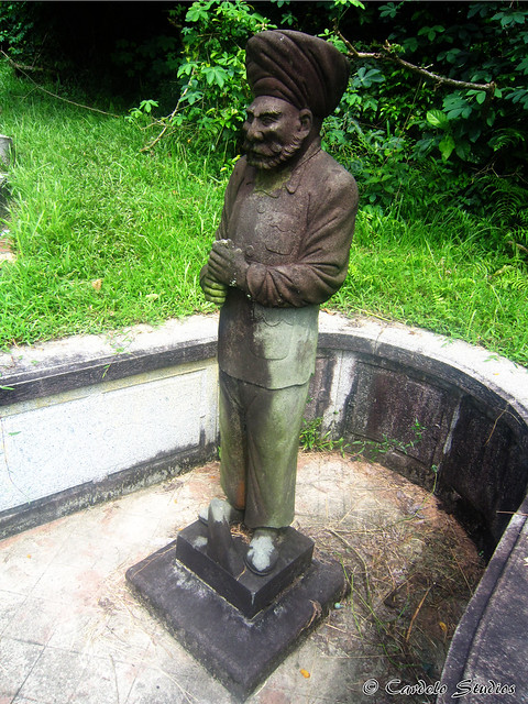 Bukit Brown - Tomb of Ong Sam Leong 03