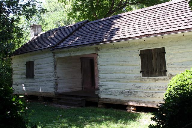Dogtrot Log Cabin At Pond Spring Back Flickr Photo