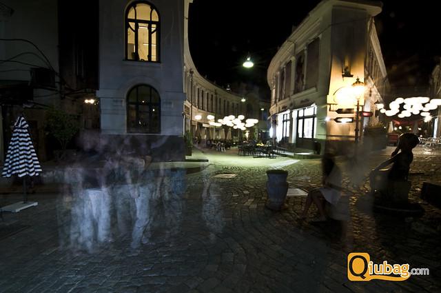 Gruzja nocą - tętniące życiem knajpki w Tbilisi