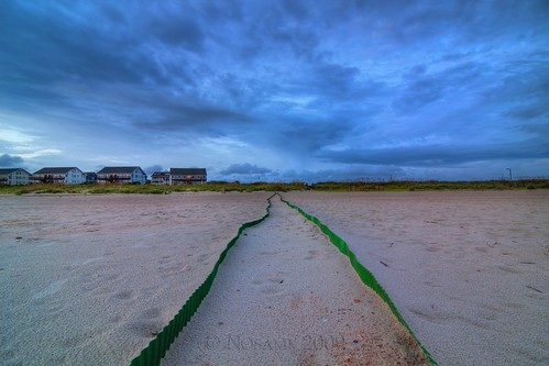 sky chicken beach rain clouds landscape nc wire sand nest dusk dunes tripod northcarolina turtles fox eggs clutch condos racoon storms hdr gitzo loggerhead donotdisturb oakisland caswellbeach photomatix ndx8 5exposure nd09 arcatech tokinaatx116prodx gt2531 saeturtleprotectionprogram