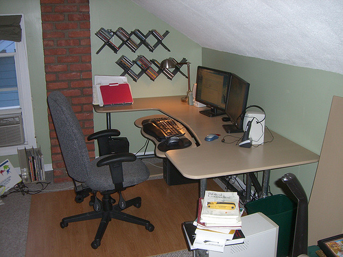Build your own computer desk flickr photo sharing - Spectacular design of use gaming computer desk ...