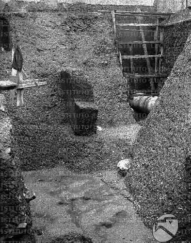 Rome - The Forum of Nerva and Via dell' Impero (22.01.1927): View of Prof. A. M. Colini's excavations in the F. of Nerva and the Medieval Domus, later re-excavated in 1995-97. Archivo Storico LUCE (2010).