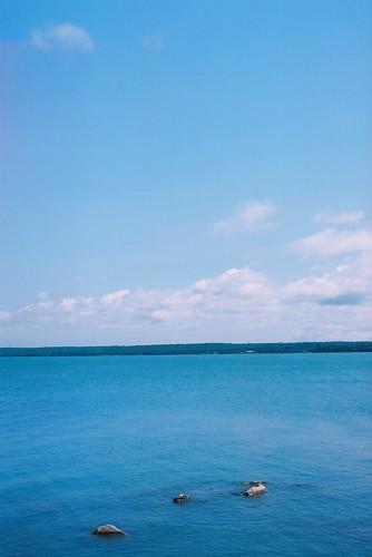 bear blue lighthouse lake ontario canada saint st clouds river joseph island 1 fuji superia great lakes olympus landing 400 marys om richards om1 huron matthews shoal algoma