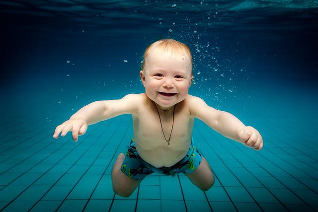 Baby swim - Ari Ævar