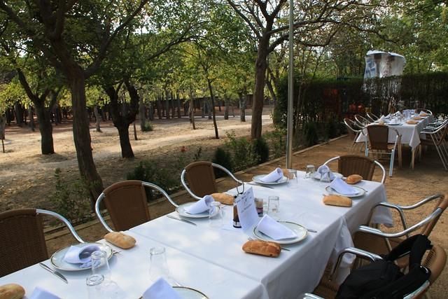 Restaurante la manzana for Restaurantes casa de campo