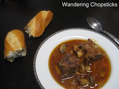 Braised Short Ribs with Red Wine and Mushrooms 1