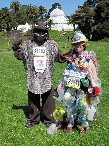 Winners! Beth Terry & Eli Saddler at Bay to Breakers 2009