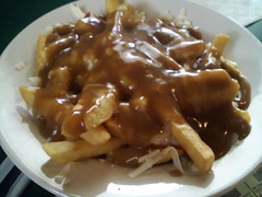 meat(0.0), gravy(1.0), meal(1.0), poutine(1.0), breakfast(1.0), curry(1.0), food(1.0), dish(1.0), cuisine(1.0),